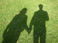stock-photo-119544-two-holding-hands